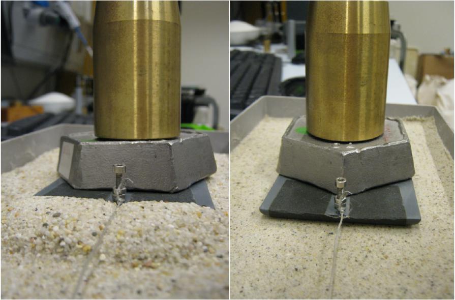 Uma grande pilha de areia se acumula em frente do trenó quando este é puxado para sobre a areia seca (esquerda). Na areia molhada (direita) que isso não aconteça. Crédito: Pesquisa fundamental sobre a matéria (FOM).