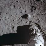 ''Um pequeno passo para o homem. Um salto gigantesco para a humanidade.'' - Neil Armstrong