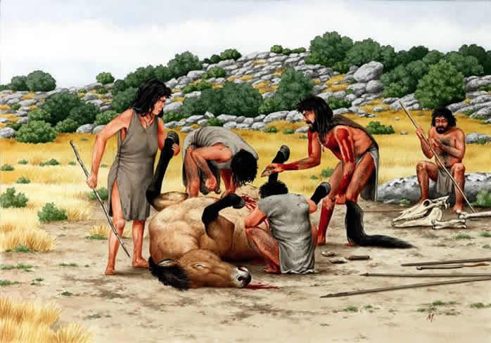 Homens pré históricos usando artefatos em pedra lascada para a caça.