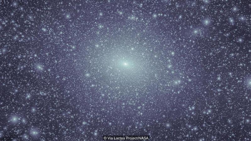 Uma simulação de computador mostra como aglomerados de matéria escura (branco) seriam (Crédito: Via Lactea Project / NASA)