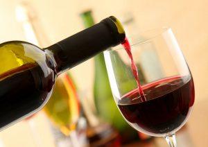 O vinho, uma das bebidas mais envoltas de tradições na história da humanidade.