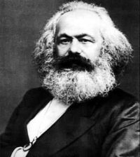 """Karl Marx (1818–1883), um dos pilares da sociologia clássica ao lado de Émile Durkheim e Max Weber."""""""" width=""""286"""""""