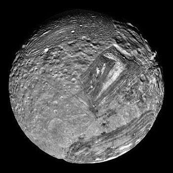 miranda-luna-urano